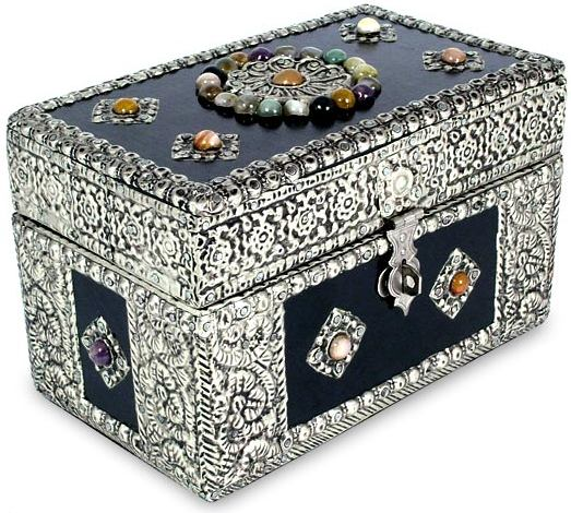 The Masterpiece Illustration - Jewelry Box